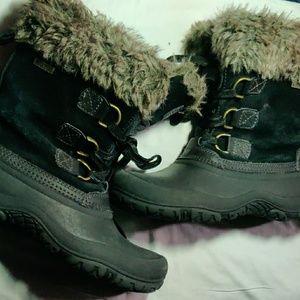 Fur Khombu black winter boots size 7M